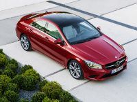 2014 Mercedes-Benz CLA 250 US