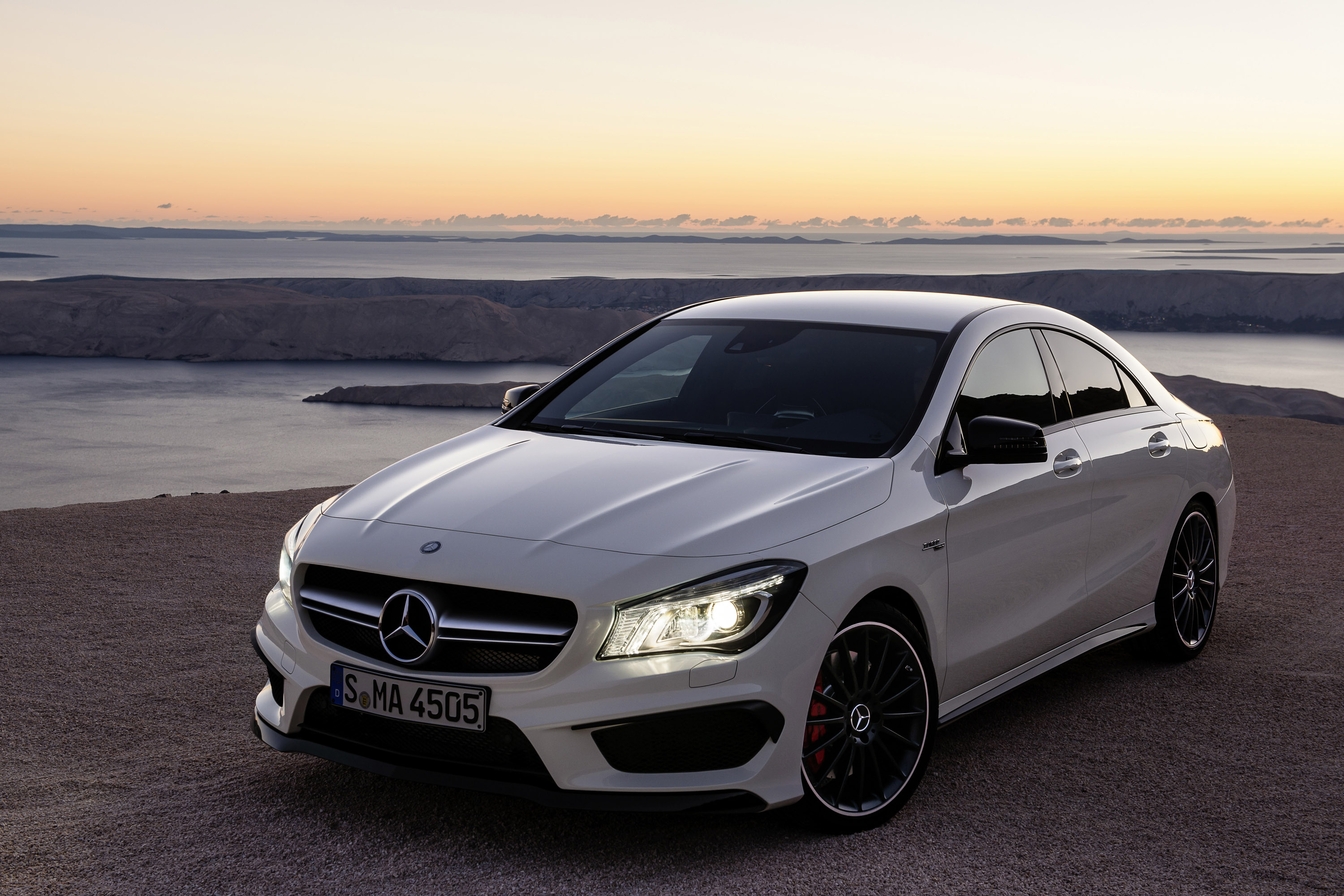 2014 mercedes benz cla 45 amg us 47 450 for 2014 mercedes benz cla 250 review