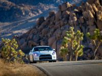 thumbs 2014 Nissan GT-R