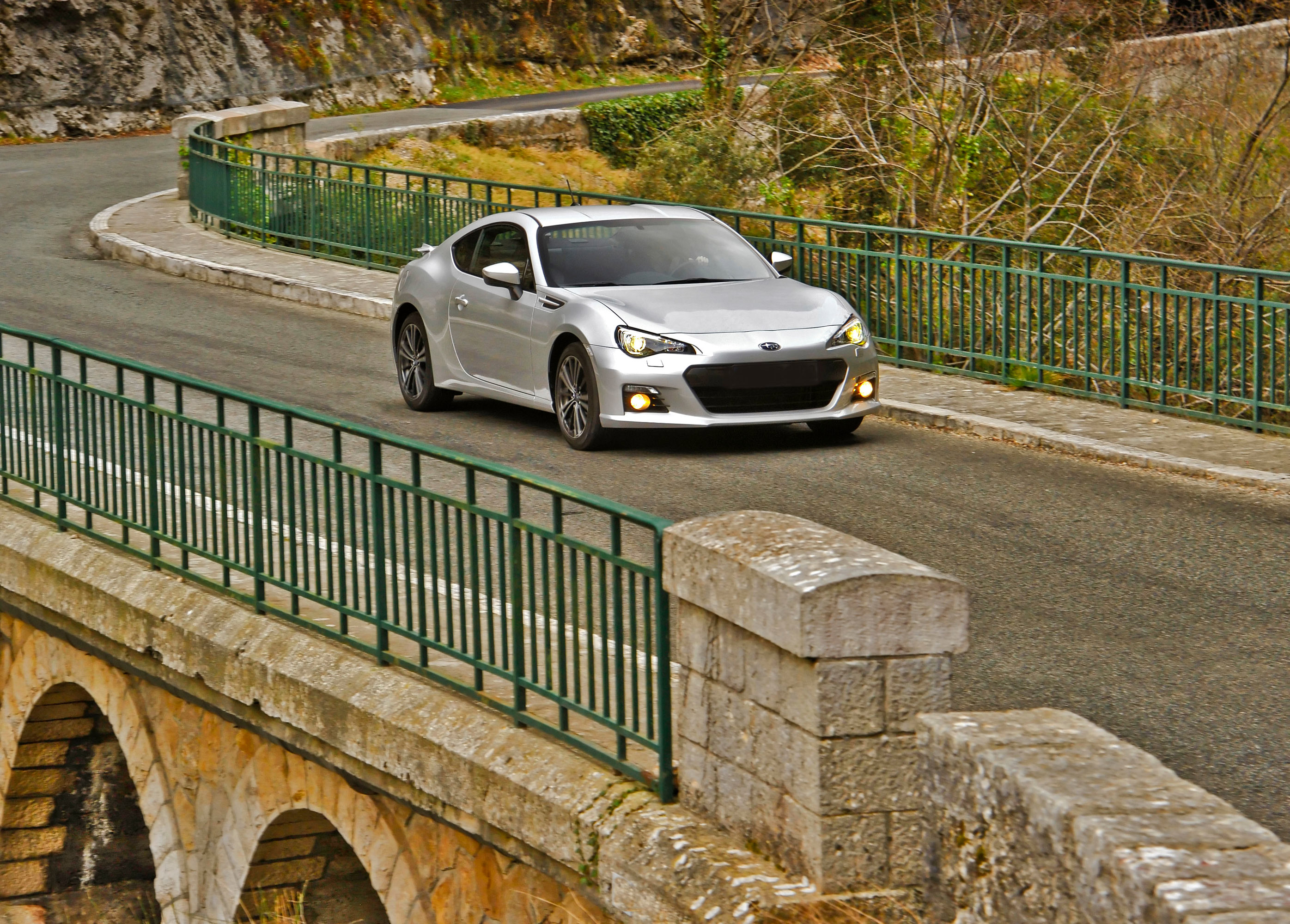 Ценообразование объявил 2014 для Subaru BRZ - фотография №5