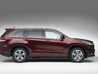thumbs 2014 Toyota Kluger SUV
