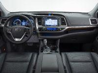 2014 Toyota Kluger SUV