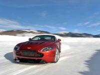 2015 Aston Martin On Ice
