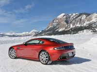 2015 Aston Martin On Ice