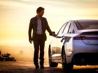 2015 Lincoln MKZ and Matthew McConaughey