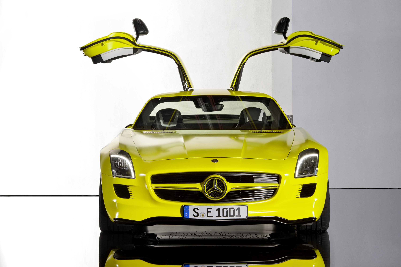 2015 Mercedes-Benz SLS AMG E-CELL - ноль выбросов hypercar - фотография №3