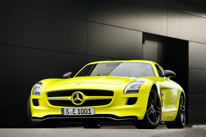 2015 Mercedes-Benz SLS AMG E-CELL - ноль выбросов hypercar - фотография №5