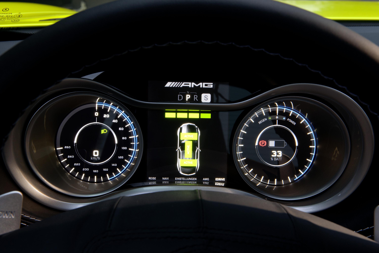 2015 Mercedes-Benz SLS AMG E-CELL - ноль выбросов hypercar - фотография №17