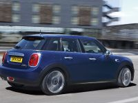2015 MINI 5-door Hatchback