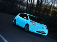 2015 Nissan Leaf Glow-in-the-Dark