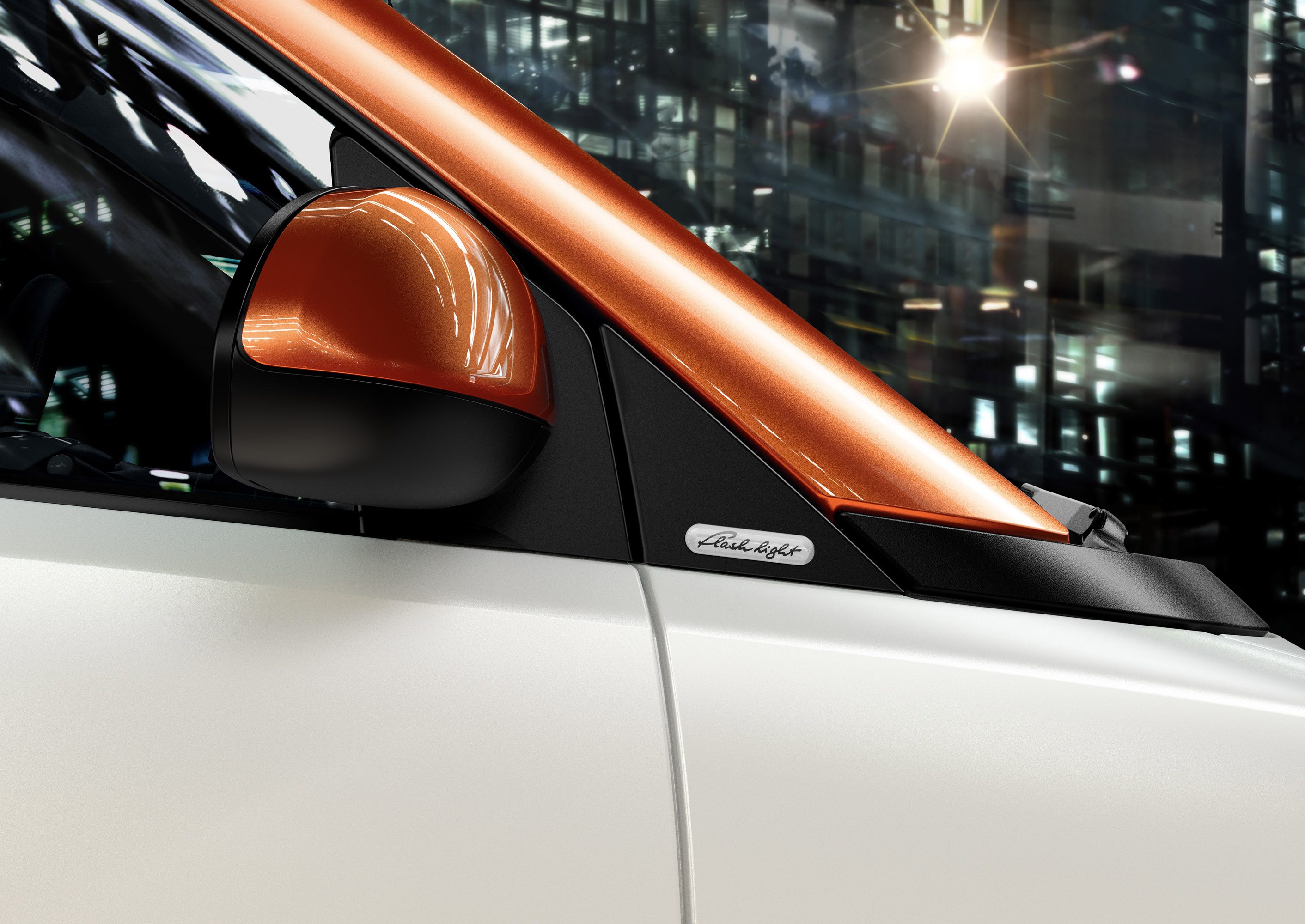 Smart Fortwo edition flashlight cabrio - громкое имя для малогабаритной машины