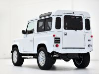 thumbs 2015 STARTECH Land Rover Defender