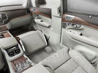 2015 Volvo Lounge Console