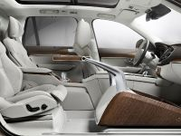 thumbs 2015 Volvo Lounge Console