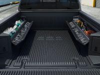 2016 Nissan TITAN XD Accessories