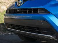 thumbs 2016 Toyota RAV4 Hybrid