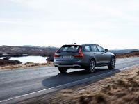 2016 Volvo V90 Cross Country