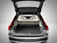 2016 Volvo V90 Cross Country