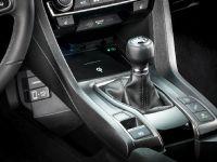 2017 Honda Civic Hatchback Gallery II