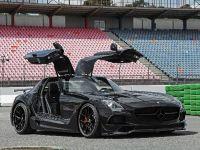 2017 Inden Design Mercedes-AMG SLS