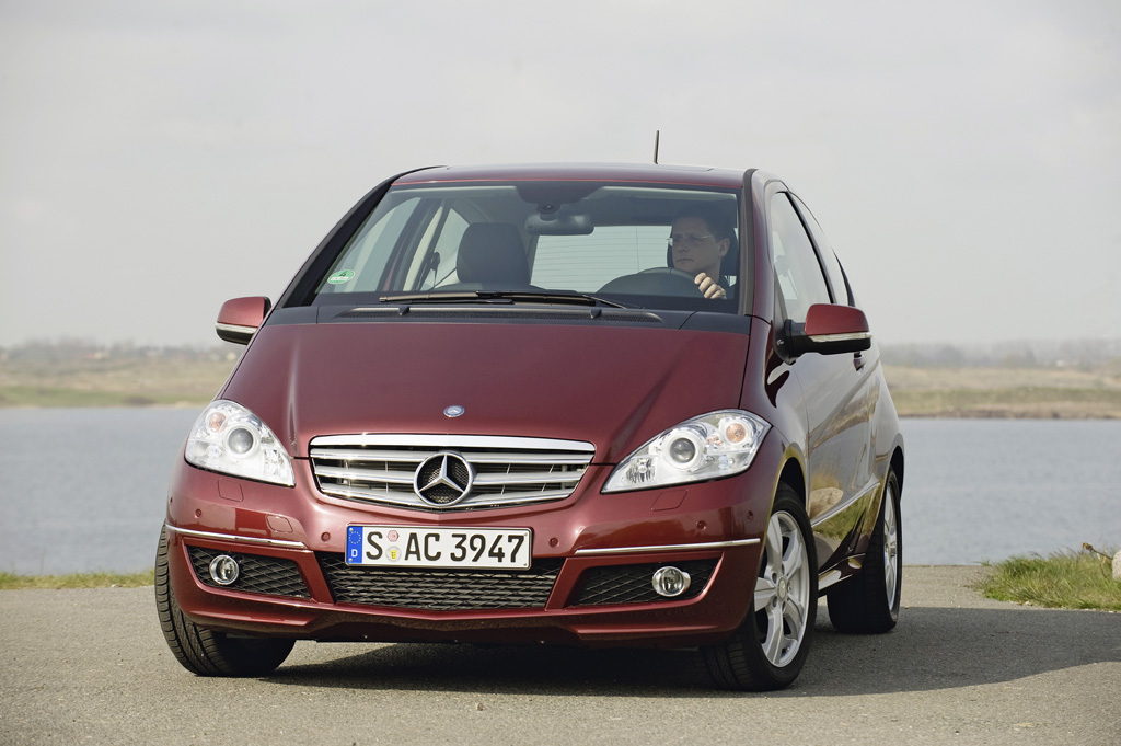 Mercedes-Benz A-Класс - фотография №1