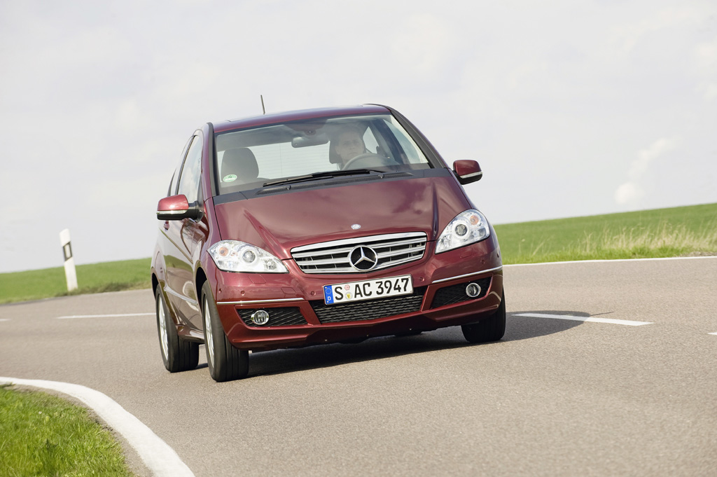Mercedes-Benz A-Класс - фотография №5