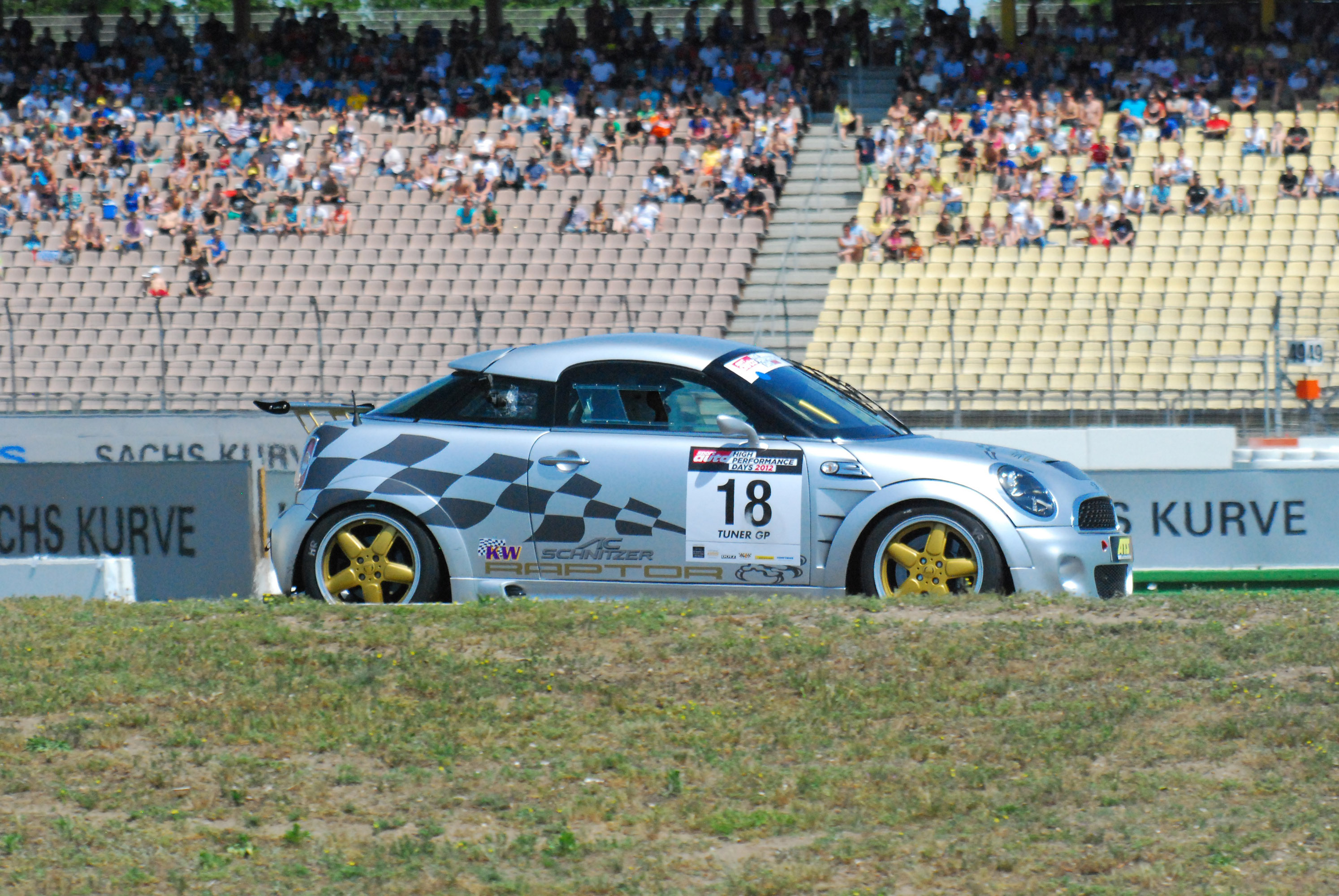 AC Schnitzer Raptor MINI John Cooper Works Coupe - фотография №24