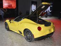 Alfa Romeo 4C Spider Detroit 2015