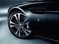 Aston Martin V12 Vantage Carbon Black