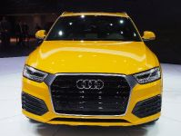 thumbs Audi Q3 Detroit 2015