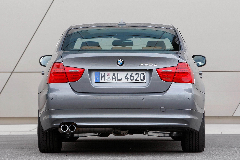 BMW подтверждает, высокая производительность, супер-скромный 330d седан Австралии - фотография №9