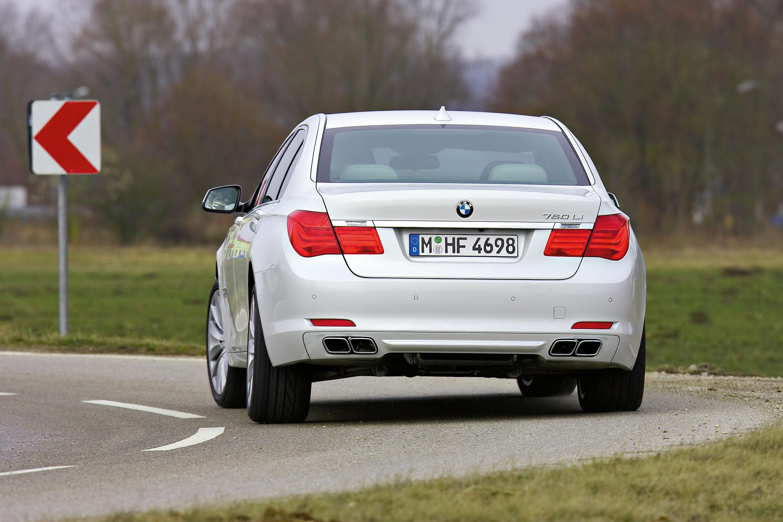 BMW 760i и BMW 760Li - фотография №6