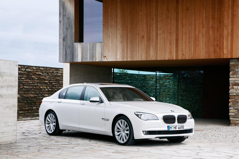 BMW 760i и BMW 760Li - фотография №12