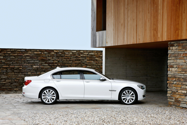BMW 760i и BMW 760Li - фотография №13