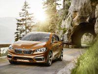 thumbs BMW Concept Active Tourer Outdoor