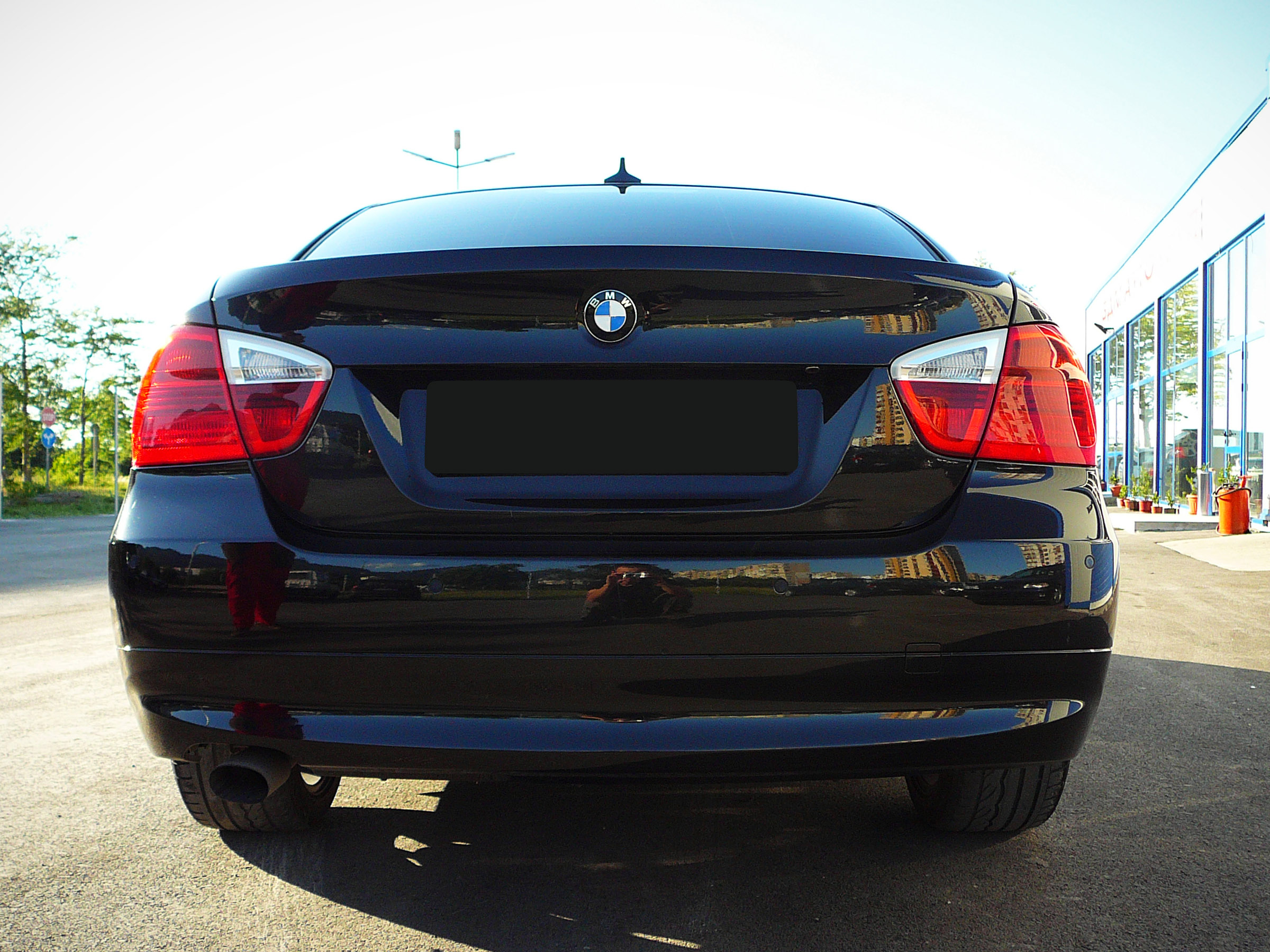 BMW E90 320d - Тест-драйв - фотография №6