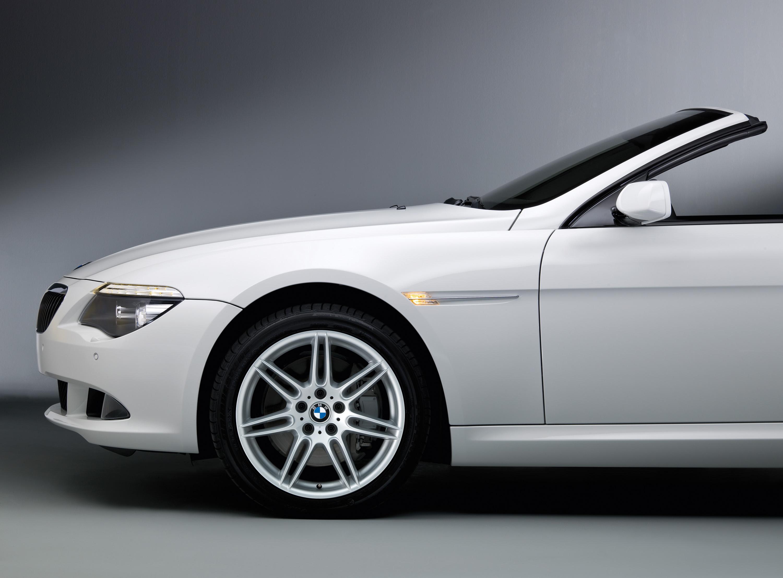 BMW уходит в модельный год 2009 - фотография №1
