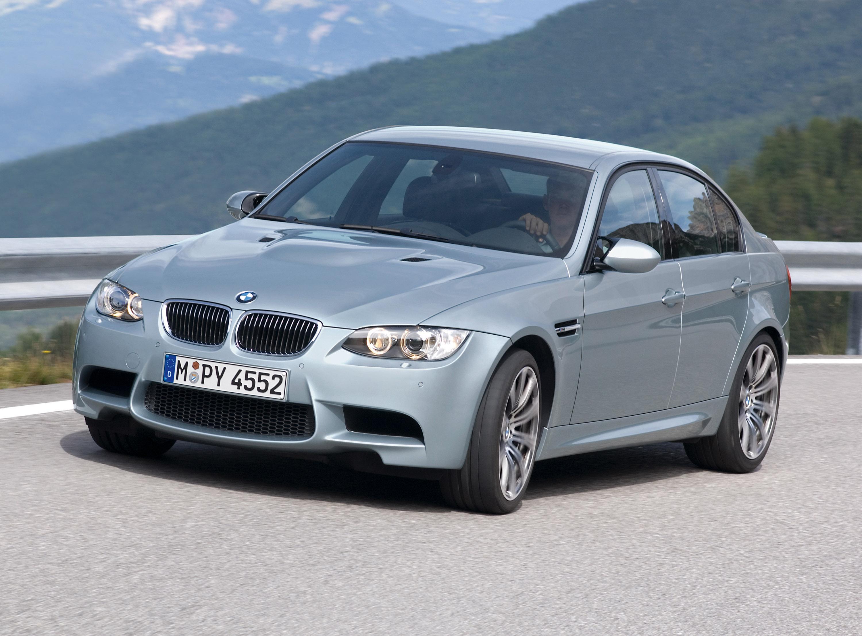 BMW M3 Sedan: идеальный автомобиль для сердца и головы - фотография №1