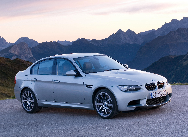 BMW M3 Sedan: идеальный автомобиль для сердца и головы - фотография №6