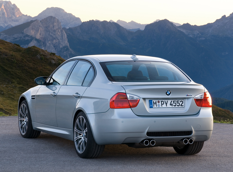 BMW M3 Sedan: идеальный автомобиль для сердца и головы - фотография №7