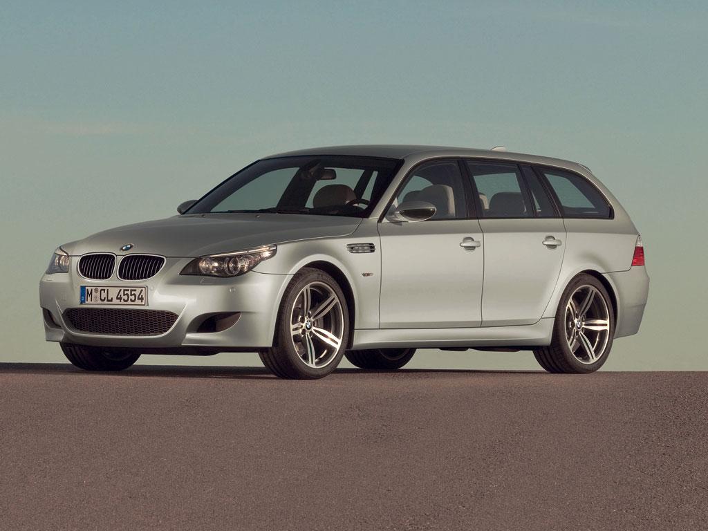 BMW M5 Touring - фотография №2