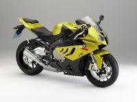 BMW S 1000 RR sportbike