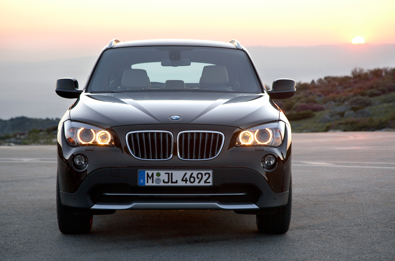 BMW X1 дебют в США в 2011 году - фотография №51