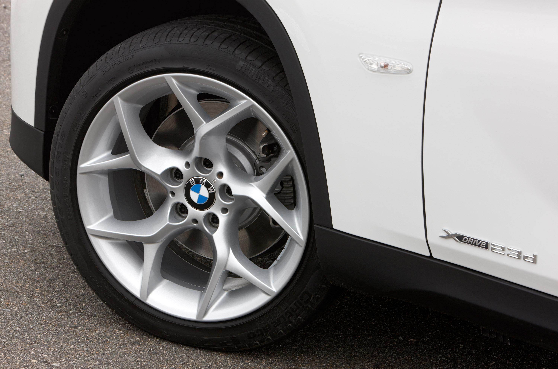 BMW X1 дебют в США в 2011 году - фотография №76