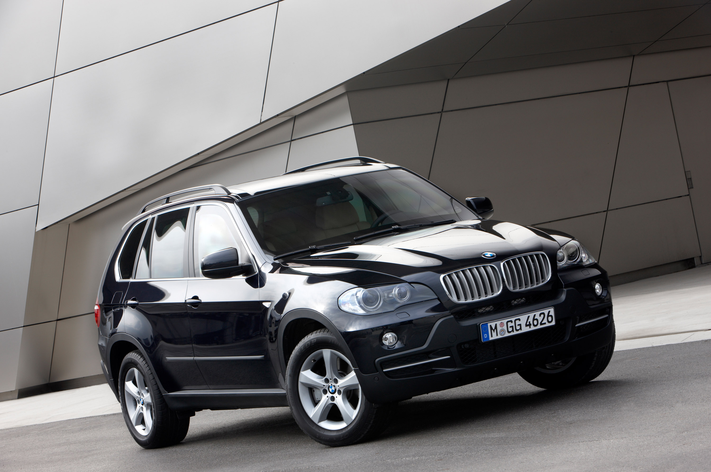 BMW X5 Security Plus - фотография №28