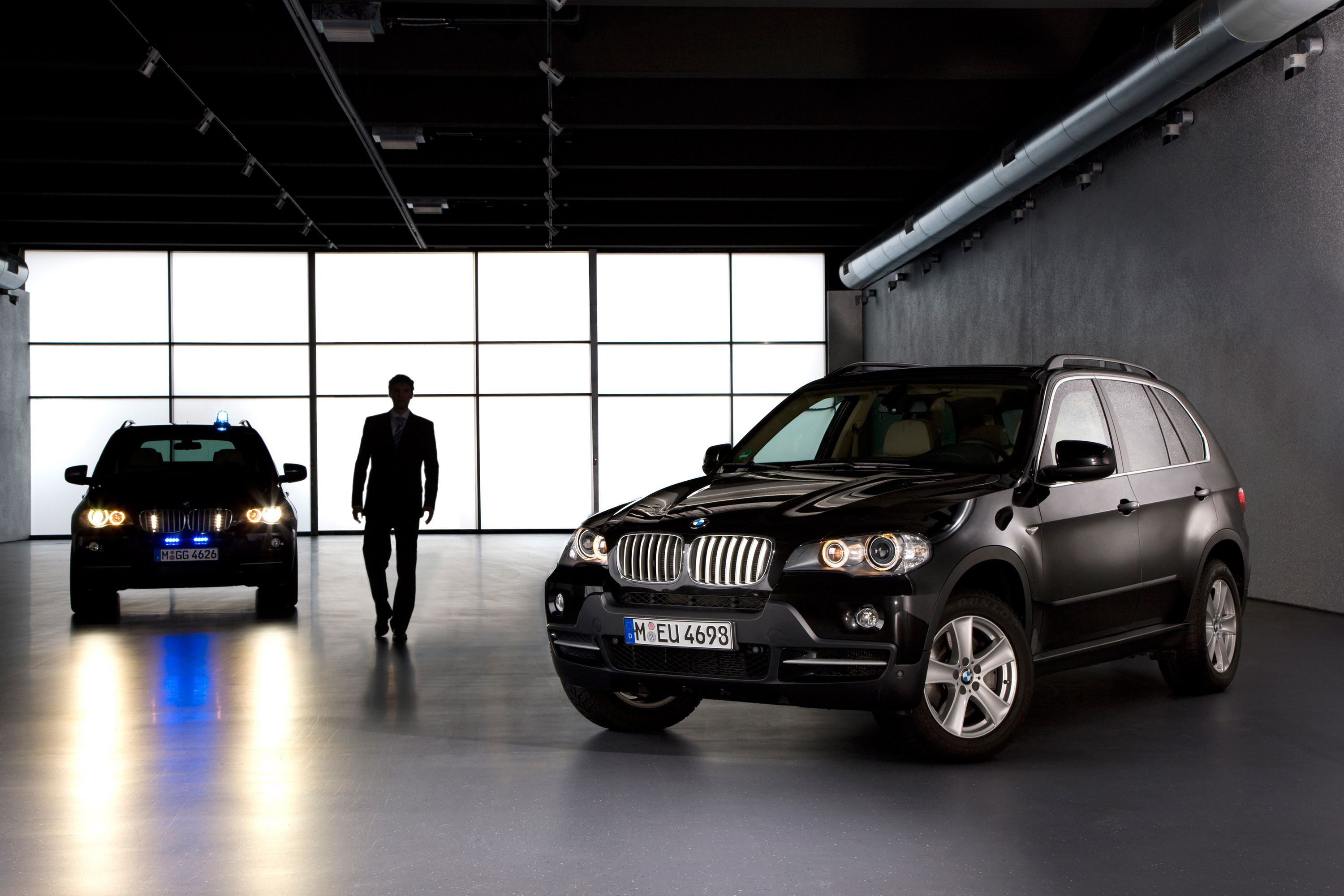 BMW X5 Security Plus - фотография №35