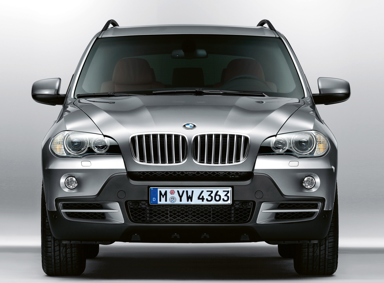 Встреча всех проблем: новый BMW X5 Security - фотография №2