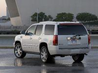 Cadillac Escalade Adds FlexFuel