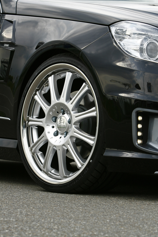 Mercedes-Benz E-класс Карлссон: мировая премьера на Tuning World Bodensee - фотография №2