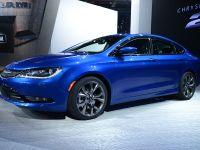 Chrysler 200 S Detroit 2014